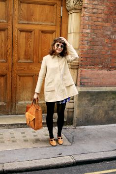 style, fashion, street style, coat, mac, long bob, fringe, hair. tote, autumn, spring, summer, outfit, sunglasses, hairstyle