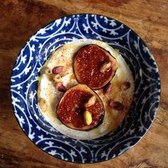 figs and yogurt Honey Recipes, My Recipes, Healthy Recipes, Recipe Images, Yogurt, Slow Cooker, Food Photography, Pudding, Sweets