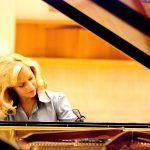 Η HANDE DALKILIC - μια αναγνωρισμένη βιρτουόζος του πιάνου, της οποίας η εκφραστική δύναμη σε συνδυασμό με την άρτια τεχνική την φέρνουν σε επαφή με ολοένα μεγαλύτερα ακροατήρια. Piano Recital, Thessaloniki, Concert, Concerts
