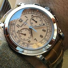 @patekcollector's Ref. 5070G with a superb sexy salmon dial. #AreYouLimited?
