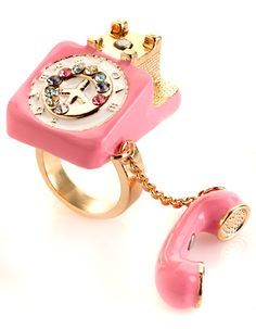 Dream Phone Telephone Ring, kitschy
