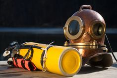 History of scuba diving Shark Diving, Scuba Diving Gear, Sharks, Breathing Underwater, Underwater World, Marine Archaeology, Scuba Diving Pictures, Technical Diving, Jacques Cousteau