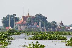 tonle sap lake, 1 hour w tuktuk from siem reap