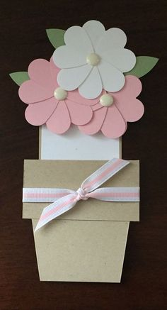 81 Easy & Fascinating Handmade Mothers Day Card Ideas 81 Easy & Fascinating The Effective Pictures We Offer You About DIY Birthday Cards for mum A quality picture can tell you many things. Kids Crafts, Mothers Day Crafts For Kids, Mothers Day Cards, Valentine Day Cards, Valentines, Mother Card, Mother Day Gifts, Flower Cards, Paper Flowers
