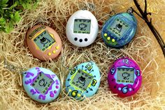 toy pet - Those that remember the original Bandai Tamagotchi virtual pet and who have been looking for a way to relive their experience with the toy pet will. Tom Tom Et Nana, Tom Et Jerry, Teddy Ruxpin, Rita Repulsa, Cindy Crawford 90s, 1990s Games, Sega Genesis, Playground Toys, Virtual Pet