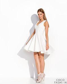 Ecru Delikatnie Plisowana Rozkloszowana Sukienka