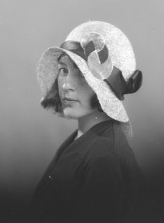 Hat by Harald Hirsch, 1930