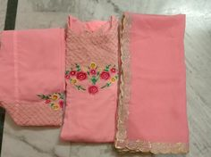 Embroidery Suits Punjabi, Embroidery Suits Design, Hand Embroidery Designs, Designer Punjabi Suits Patiala, Patiala Suit Designs, Sleeves Designs For Dresses, Sleeve Designs, Mehndi Designs Book, Designer Party Wear Dresses