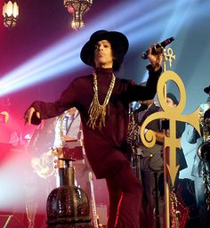 Prince: His Life in Pictures | Prince Performing on March 8, 2014 | EW.com
