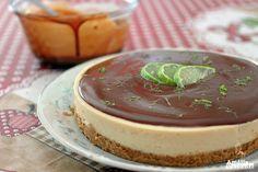 Torta Mousse de Limão com Chocolate - Amélia com Vaidade   Receita  completa em: http://ameliacomvaidade.com/recipe-items/torta-de-limao-com-chocolate