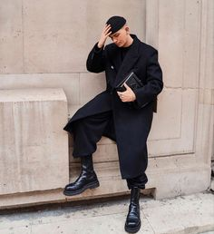 Back To Black, Wearing Black, Normcore, How To Wear, Style, Fashion, Swag, Moda, Fashion Styles