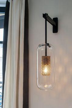 applique vadim et miroir organique en ch ne noir maison sarah lavoine lighting lamps. Black Bedroom Furniture Sets. Home Design Ideas