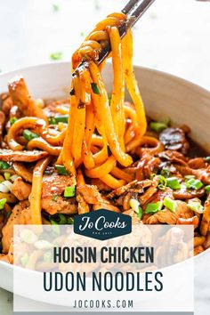 Chicken Udon Noodles, Spicy Asian Noodles, Hoisin Chicken, Udon Noodle Soup, Noodle Dish, Asian Noodle Recipes, Asian Recipes, Recipes With Japanese Udon Noodles, Asian Foods