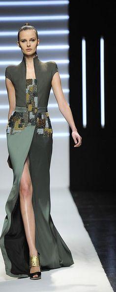 Maxime Simoëns Printemps-été 2012 - Haute couture - http://fr.orientpalms.com/maxime-simoens-2516