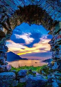 Strome Castle is a ruined castle on the shore of Loch Carron in Stromemore, 3.5 miles south-west of the village of Lochcarron, on the west coast of the Scottish Highlands. Originally built by the Macdonald Earls of Ross. Source: Wikipedia.