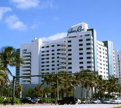 #MiMoMonday - The Eden Roc Miami Beach Hotel on Collins Avenue was designed by Morris Lapidus in the Miami Modern style and was completed in 1955-56. #MiMo #EdenRoc #MiamiBeach #CollinsAvenue #MorrisLapidus