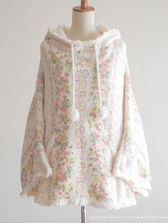 LIZ LISA Autumn Wnter Hoodie Poncho Coat Pompon Hime gyaru Lolita Size0 Japan #LIZLISA #Poncho