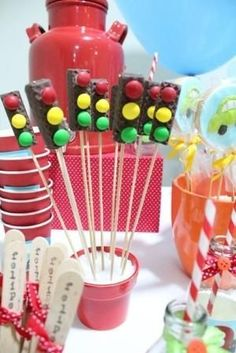 20 Ideas for a Hot Weels Party - Hot Wheels Party, Hot Wheels Birthday, Race Car Birthday, Race Car Party, 3rd Birthday, Disney Cars Party, Disney Cars Birthday, Car Themed Parties, Cars Birthday Parties