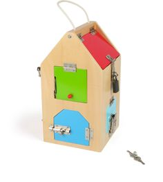 This big play house of locks provides an experience full of keys! With its various locking bolts, a U-lock and a hinge lock, this lock house promotes the development of children's acute concentration and fine motor skills. Big Houses, Play Houses, Big Playhouses, Door Chains, Halloween Toys, Toy House, Montessori Toys, Imaginative Play, Fine Motor Skills