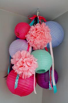 Paper Lantern pom pom and ribbon mobile - Paper Diy Diy Paper, Paper Crafts, Diy Crafts, Tissue Paper, Ribbon Mobile, Lanterns Decor, Paper Lantern Decorations, Paper Lanterns Bedroom, Festa Party