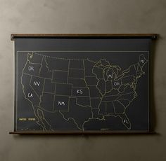 chalkboard map, to let kids fill in the state once they visit them. :) so cute!