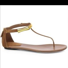 Authentic Gucci Bamboo Sandal SOLD OUT size 40 Suede Bamboo Thong Sandals are the perfect style upgrade for your wardrobe. Made in Italy. These Gucci thong sandals are this season's must-have style. Wear these shoes with your favorite tops and jeans. Back zip. Worn twice with love comes with both dusters & box Gucci Shoes
