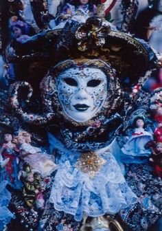 http://www.travelandtransitions.com/destinations/destination-advice/europe/venice-italy-gondolas-canals-blown-glass-and-the-venice-carnival/