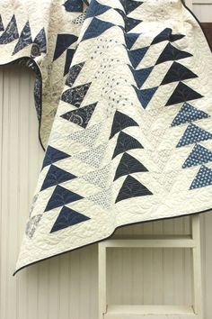 Flying Geese Quilt in the Indigo Crossing collection. Love the flying geese! Quilt Baby, Boy Quilts, Quilting Projects, Quilting Designs, Plaid Patchwork, Flying Geese Quilt, Black And White Quilts, Two Color Quilts, Grey Quilt