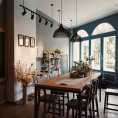 Bom Shop Flowers Interior Design, Shop, Flowers, Table, Furniture, Home Decor, Nest Design, Decoration Home, Home Interior Design