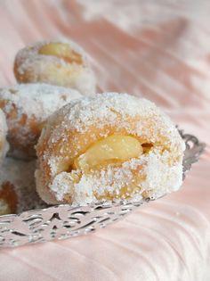 Lick The Spoon: Lemon Curd Stuffed Doughnuts