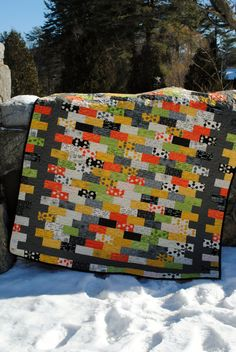 QUILT PATTERN.... Quick and Easy...Jelly Roll, Layer Cake, Fat Quarter, Fat Eight friendly, Borderline Crazy