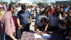 Cáffaro firmó un acta compromiso con la Unión Vecinal de Barrio Mitre