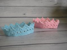 FREE SHIPPING Twin set Newborn crowns. You can choose your colors. Perfect photography prop