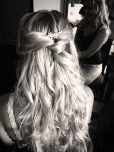 Half up Wedding Hair - www.gailgardner.co.uk for more unusual half up hairstyles