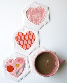 tutorials, patterns, tutori sottobicchieri, mug rugs, heart coaster, hexagon