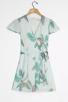 Shop new women's clothing at Anthropologie to discover your next favorite closet staple. Check back frequently for the latest clothing arrivals! New Outfits, Spring Outfits, Elegant Midi Dresses, Cute Shorts, Swing Dress, Dress Brands, Dresses For Sale, Anthropologie, Wrap Dress
