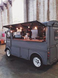 food truck / grey
