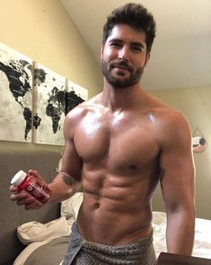 I've been drinking daily shots of apple cider vinegar for years now for reducing body fat and my immune system, its not the… Nick Bateman, Pretty Men, Pretty Boys, Beautiful Men Faces, Reduce Body Fat, Sofia Carson, Christian Grey, Apple Cider Vinegar, Hairy Men
