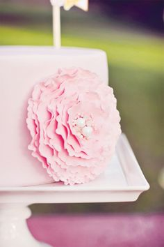 tea party cake flower
