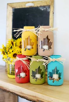 tips for how to make your own fall mason jar craft - love this cute diy decor idea! - - Sugar Bee Crafts fall crafts Mason Jar DIY Craft Ideas & Decor Projects for the Fall Fall Mason Jars, Mason Jar Diy, Pots Mason, Halloween Mason Jars, Mason Jar Projects, Mason Jar Crafts, Crafts With Jars, Crafts For The Home, Thanksgiving Diy