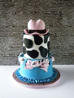 Cowgirl Cake - Sugar Fancies Cow Birthday Parties, Birthday Cake For Mom, Kylie Birthday, Birthday Sheet Cakes, Cowgirl Birthday, Cowgirl Party, 2nd Birthday, Birthday Ideas, Horse Party