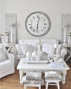 6 Efficient Clever Tips: Shabby Chic Farmhouse Living Room shabby chic bathroom romantic.Shabby Chic Home Office country shabby chic bedroom. Shabby Chic Decor Living Room, Shabby Chic Interiors, Shabby Chic Bedrooms, Shabby Chic Kitchen, Vintage Shabby Chic, Shabby Chic Homes, Shabby Chic Furniture, Modern Shabby Chic, Shabby Chic Clock