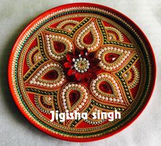 Kalash Decoration, Thali Decoration Ideas, Bridal Gift Wrapping Ideas, Acrylic Rangoli, Mandala Painting, How To Make Chocolate, Bead Jewelry, Bridal Gifts, Art Techniques