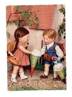 Alte-AK-Postkarte-Kaethe-Kruse-Puppen-Schulbeginn-50er-DDR