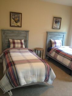 Another customer's bed with my pallet headboards.