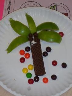 Chicka Chicka Boom Boom snack Chocolate wafer, apple slices and m&m's
