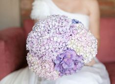 How to cut costs on wedding flowers