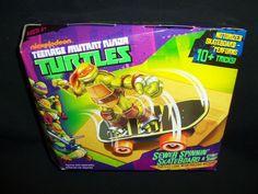 Nickelodeon Teenage Mutant Ninja Turtles Sewer Spinnin' Skateboard & Stunt Ramp #PlaymatesToys