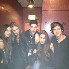 Via @1D_WorldUpdates: Harry tonight in Studio City ...