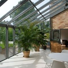 Looking for your ideal garden room? be inspired by the stunning conservatory, orangery and garden room and outdoor room design ideas in our gallery Lean To Conservatory, Conservatory Design, Curved Pergola, Pergola Kits, Pergola Ideas, Ferns Garden, Glass Extension, Rear Extension